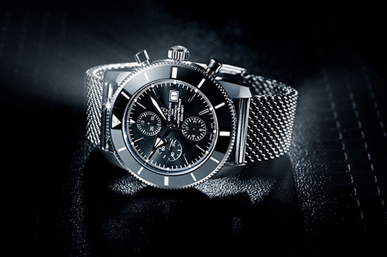 ToughLittleGraphic_Luxury_Retouch_Watch_Breitling
